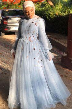 Hijab Prom Dress, Muslim Wedding Dresses, Dresses For Hijab, Dresses Dresses, Muslim Evening Dresses, Hijab Evening Dress, Glamour Moda, Hijab Fashion Inspiration, Prom Dresses Long With Sleeves