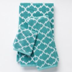 I'm still not sick of this print, even though it IS everywhere!  SONOMA life + style Ultimate Performance Lattice Bath Towels