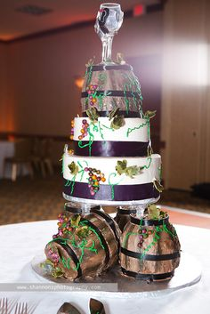 wine theme wedding cake  this is adorable!!