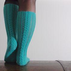 pitsisukat Lace Socks, My Socks, Knitting Socks, Leg Warmers, Legs, Knit Socks, Leg Warmers Outfit, Bridge