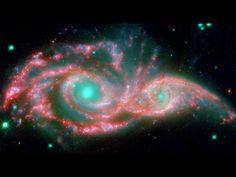 NGC 2207 Estas Galaxias que cambian la forma, han adquirido la forma de una mascara gigante. Los ojos azules helados son en realidad los núcleos de dos Galaxias que se fusionan llamadas NGC2207 y IC2163 y la máscara son sus brazos espirales.