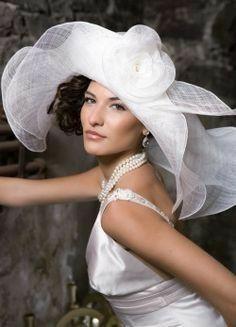 very elegant and sexy Sombreros Fascinator, Fascinators, Headpieces, Bridal Hat, Church Hats, Fancy Hats, Kentucky Derby Hats, Wedding Hats, Wedding Blog