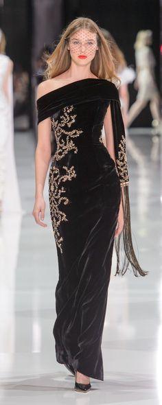 149 Best Gold And Black Dress Images Formal Dress Formal Dresses