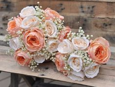 Peaches & cream bouquets. Photography by Adair Design Haus. adairdesignhaus.com See more here: http://www.hollysweddingflowers.com