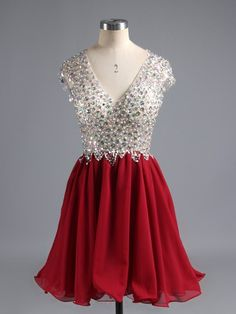 Sleeveless Homecoming Dresses, Red Sleeveless Prom Dresses, Short Homecoming Dresses, Sexy V-neck Homecoming Dress Red Chiffon Short Prom Dress Party Dress Vintage Homecoming Dresses, V Neck Prom Dresses, Prom Party Dresses, Graduation Dresses, Prom Gowns, Dress Party, Dance Dresses, Formal Dresses, Bridesmaid Dresses