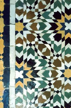 Image MOR 0504 featuring decorated area, in Fez, Morocco, showing Geometric Pattern using ceramic tiles, mosaic or pottery.
