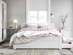Krevet može imati tajne odjeljke, savršene za skrivanje posteljine. www.IKEA.hr/BRUSALI_Okvir_Kreveta_4Kutije