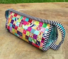 Fast and easy tiny patchwork Sew Together Bag