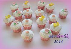 mavi demlik mutfağı- izmir butik pasta kurabiye cupcake tasarım- şeker hamurlu-kur: DURU'NUN DOĞUM GÜNÜ CUPCAKE'LERİ