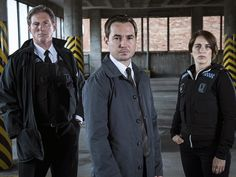 The BEST police drama on TV, bar none - Supt Ted Hastings (Adrian Dunbar), DS Steve Arnott (Martin Compston) & DC Kate Fleming (Vicky McClure) in Line of Duty. Stranger Things Netflix, House Of Cards, Orphan Black, Gianni Versace, Line Of Duty Bbc, Netflix Canada, Watch Tv Online, Netflix Movies To Watch, Netflix Series