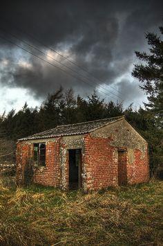 Abandoned guardhouse, England