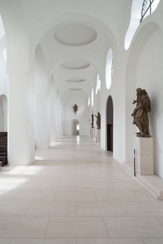 Moritzkirche by John Pawson - lovely light, lovely minimal interior design.