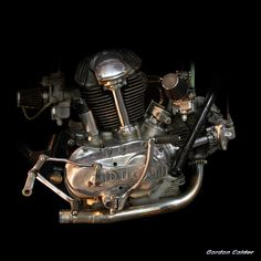 CLASSIC DUCATI 750SS MOTORCYCLE ENGINE