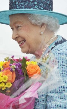 Queen Elizabeth II arrives at the formal naming ceremony for HMS Queen Elizabeth, the Royal Navy's biggest ever ship, 04.07.2014 in Fife, Scotland