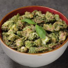 Pasta Recipes Video, Keto Recipes, Cooking Recipes, Guacamole Recipe, Finger Foods, Food Videos, Catering, Spaghetti, Good Food