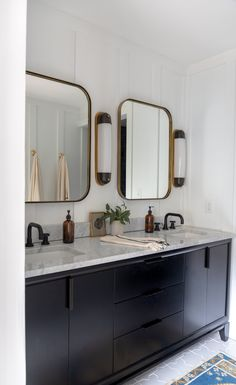 Here are 10 trending bathroom lighting ideas that will elevate your home's smallest room into one of its most stylish. White Master Bathroom, Renovations, Bathroom Renovation, House, Home Decor, Master Bath Renovation, Bath Renovation, Bathroom Lighting, Bathroom