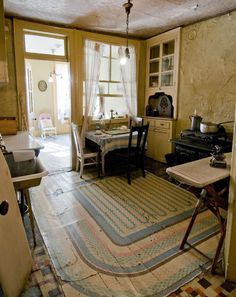 The Baldizzi Family Living Green In Tenement Museum Cassandra Holden 1930s Apartment
