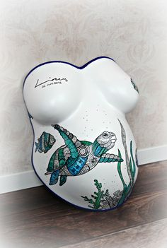 Plaster cast baby belly 39 photoshoot ideas and reasons for that speak - Dekoration - Decoration ideas - Deko ideen - Pregnant Women Pregnant Belly Cast, Pregnant Belly Painting, Belly Casting, Baby Must Haves, Belly Cast Decorating, Baby Cast, Bump Painting, Baby Shooting, Belly Art