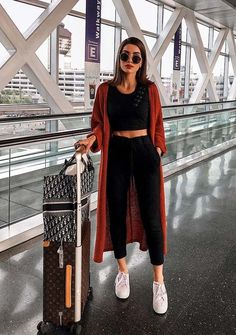 Amazing fashion trends, dresses or outfit ideas for ladies to make them look extra cute and modern. Like earlier this time again we have provided unique kinds of fashion ideas for 2018.