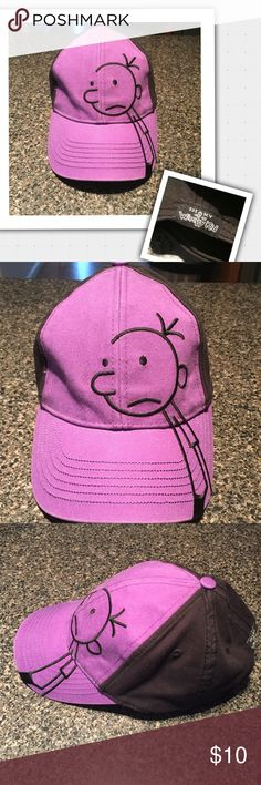 Diary of a Wimpy Kid cap One size fits most, youth.  Got from a special promotion at Barnes and Noble.  Perfect for series fans! Accessories Hats
