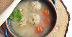 Mouthwatering vegan soup with soy balls and a lot of delicious veggies. (in Romanian) Soup Recipes, Vegetarian Recipes, Meatball Soup, Vegan Soup, Food Photo, Cheeseburger Chowder, Stew, Balls, Veggies