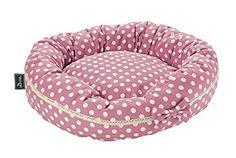 Aus der Kategorie Kissen & Decken  gibt es, zum Preis von   Der Hundedonut Dotty besticht durch sein schönes Design und der rutschfesten Unterseite. Der Bezug besteht aus Baumwolle und der Donut ist selbstverständlich waschbar.