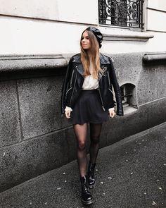 "6,557 Likes, 355 Comments - Jodie la petite frenchie (@jodielapetitefrenchie) on Instagram: ""OUTFIT OF THE DAY à la Blair Waldorf un peu shoppe ma jupe @haddes_shop avec le code ""JODIE""…"""