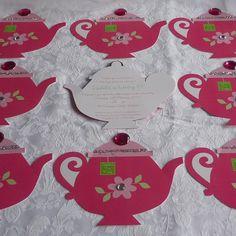 Cute if you were having little girls paint tea pots! Girls Tea Party, Tea Party Theme, Princess Tea Party, Tea Party Birthday, Tea Parties, Birthday Ideas, 8th Birthday, Party Party, Tea Party Crafts