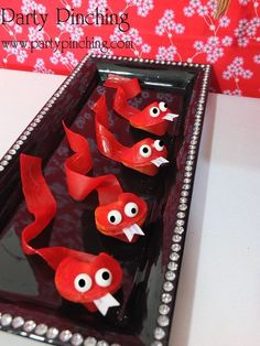 Chinese New Year - Year of the Snake - Party Planning - Party Ideas - Cute Food - Holiday Ideas -Tablescapes - Special Occasions And Events - Party Pinching Chinese New Year Party, New Years Party, Snake Party, New Year's Desserts, Reptile Party, Asian Party, Ninjago Party, Chinese Festival, Year Of The Snake