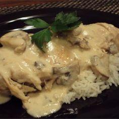 Mushroom Chicken in Sour Cream Sauce