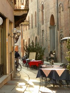 Five More of the Best Small Towns in Italy - get off the beaten track and away from the big cities!