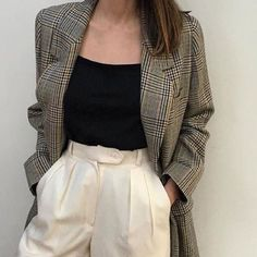 49 New Looks For You This Winter - - Adorable Street Style Outfits Source by Mode Outfits, Winter Outfits, Fashion Outfits, Womens Fashion, Blazer Fashion, Dress Fashion, 80s Style Outfits, Dress Winter, Chic Outfits