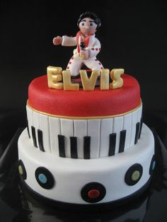 Elvis Presley - Inspired by cakes here on cakecentral and beyond... thank you!