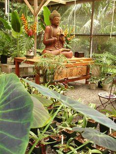 The Sacred Garden of Maliko on Maui: Maui Buddha-Garden - Maui Wedding Locations, Buddhist Weddings on Maui, Hawaii Sacred Garden, Buddha Garden, Buddha Zen, Buddha Buddhism, Meditation Garden, Meditation Space, Buddhist Wedding, Zen Space, Garden Statues