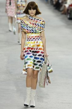 Chanel  #PFW #RTW #SS14 #Fashion http://nwf.sh/1bp1wAN