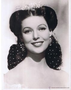 LORETTA YOUNG. .....Uploaded By  www.1stand2ndtimearound.etsy.com