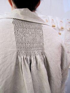 Smocking - linen jacket with smocked back - fabric manipulation technique to create pattern & texture; Textile Manipulation, Fabric Manipulation Techniques, Textiles Techniques, Techniques Couture, Sewing Techniques, Smocking Patterns, Sewing Patterns, Sewing Ideas, Punto Smok