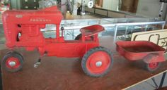 Farmall Child's ride on tractor--Auction July 8 10am Belleville, IL