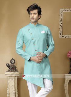 buy kurta for mens online Indian Men Fashion, Mens Fashion Wear, Suit Fashion, Gents Kurta Design, Boys Kurta Design, Layered Kurta, Mens Shalwar Kameez, Gown Party Wear, White Kurta