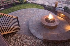Simple and Modern Tricks Can Change Your Life: Rectangular Fire Pit Coffee Tables field rock fire pit. Fire Pit Gravel, Fire Pit Bench, Cinder Block Fire Pit, Fire Pit Decor, Fire Pit Chairs, Concrete Fire Pits, Fire Pit Seating, Fire Pit Backyard, Pea Gravel