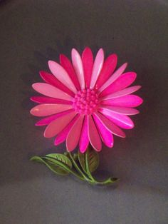 Vintage Hot Pink Hady Daisy Flower Brooch / Pin by SkeletonStitch, $14.00
