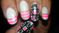 DIY - Heart tic tac toe ..... Pink and white Valentines nail art