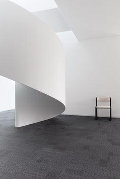 2tec2 woven vinyl flooring  'Magnetite Grey'  Fitting: unidirectional