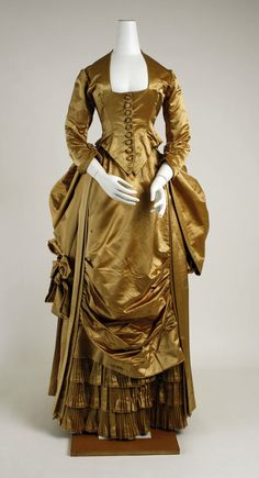 27-10-11  early 1880's evening dress