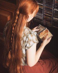 25 Women Hairstyle Inspiration ideas for long hair Hair Inspo, Hair Inspiration, Rides Front, Long Red Hair, Hair Reference, Aesthetic Hair, Beautiful Long Hair, Dream Hair, Ginger Hair