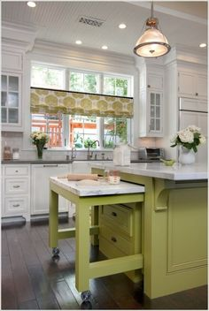 15 Interesting Elements You Can Add to a Kitchen Island 1