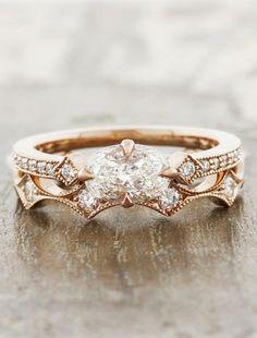 Charleen: Horizontal Oval Ring in Rose Gold | Ken & Dana Design