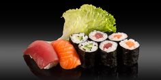 SAGA - 8 pièces - 2x nigiri: saumon, thon 6x maki: saumon, thon, concombre Bento, Saga, Sushi, Ethnic Recipes, Cucumber, Tuna, Sushi Rolls