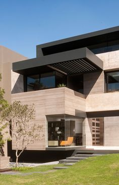 Gantous Arquitectos - intense volume veiled by light  - a narrow and deep needed to design solutions that are adapted to open and casual style of the owners life, while creating a luxurious and spectacular space built. Residential single-family structure stands on three levels to take advantage of views of the Mexican city.