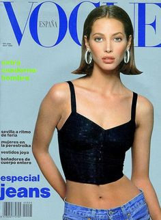 Cover of Vogue Spain with Christy Turlington, April 1990 Christy Turlington, Vogue Magazine Covers, Fashion Magazine Cover, V Magazine, 90s Fashion, Runway Fashion, Fashion Models, Vintage Fashion, High Fashion